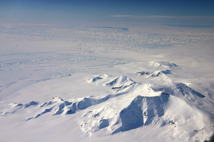 antarctic_custom-c054aaacc042163d09a0694b26f5822e4a35714c-s800-c85.jpg