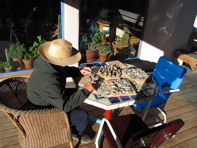 Rōbert-at-work