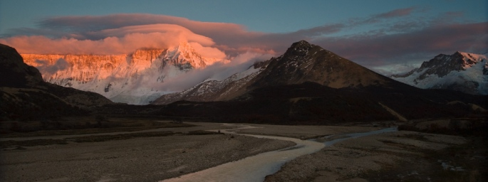 Dawn-light-turns-clouds-pink-over-over-the-snowy-massif-of-Cerro-Version-2.jpg