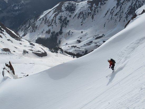 skiing-the-pearl-couloir.jpg
