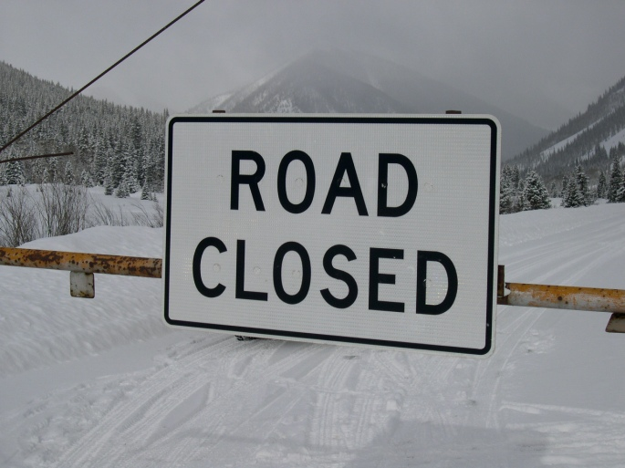 Rd. Closed signs 007.jpg